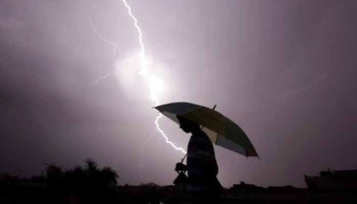 Lightning-kills-in-bihar-121