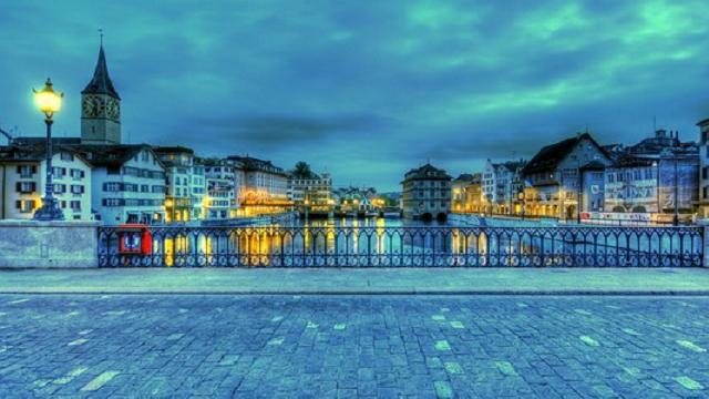 24-zurich-switzerland_tn