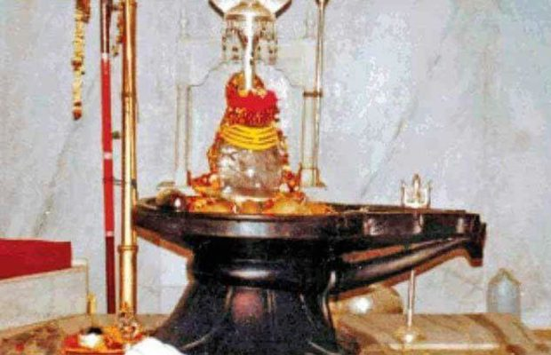 before-knowing-the-place-of-shivling-in-the-house-you-must-know-these-things-7