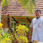 बिना पेड़ काटे, बेकार की चीजों से बनाया शानदार ऊरू this kerala man built a huge old age home entirely from waste without cutting a single tree