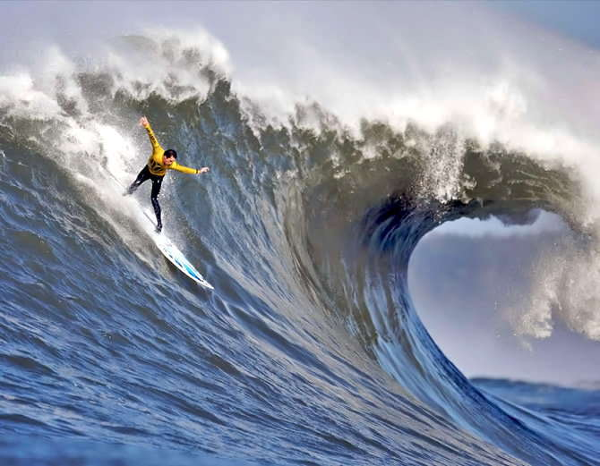 Big wave surfing in nazare portugal-7