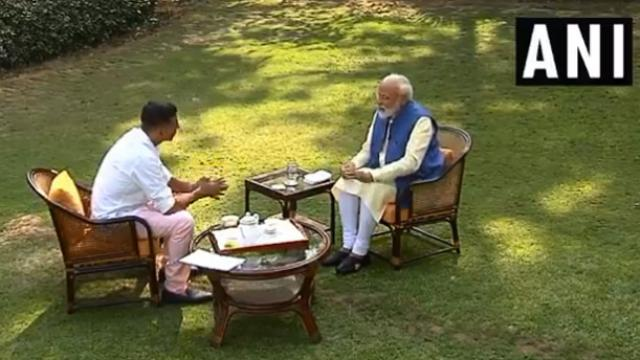 PM Narendra Modi's 'non-political' interview with actor Akshay Kumar