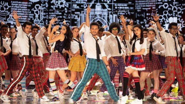 Student of the Year 2: The trailer of SOTY 2 starring Tiger Shroff, Tara Sutaria and Ananya Panday is finally out and the film will hit the screens on May 10, 2019.